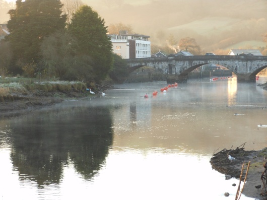 Old Totnes bridge, misty morning