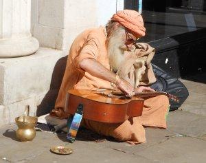 Street musician (2)